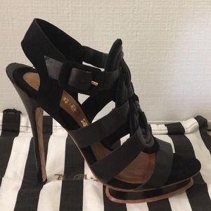 L.A.M.B - Black Leather Platform Sandal - Size 7.5